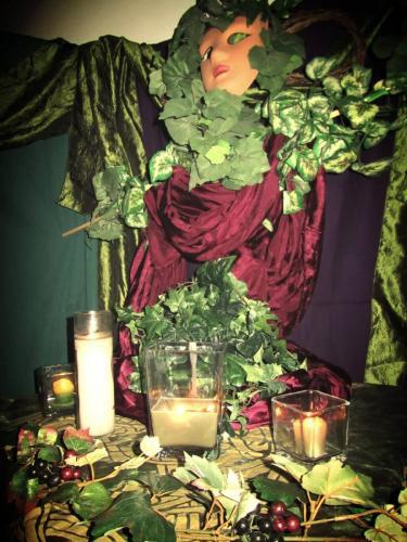 Lenaia altar
